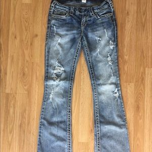 Silver Jeans Tuesday Boot Cut Size 27